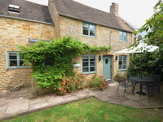 TMILL Cottage situated in Lower Slaughter