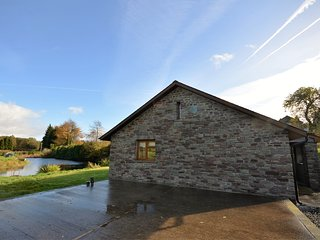 36443 Bungalow situated in Hay-on-Wye (4.5 mls NW)