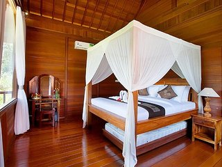 Tranquil,Comfort,Luxury Villas / Bedroom #3