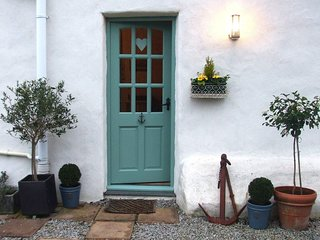 ANCHC Cottage situated in Porthtowan (5mls SW)
