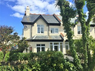 45138 House situated in Bude