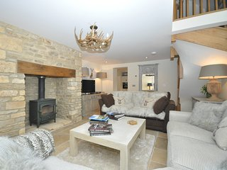 36141 Barn situated in Lower Slaughter (3mls NW)
