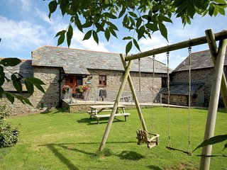 CORYS Cottage situated in Bude (12mls N)