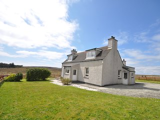 44344 House situated in Stornoway (6mls E)