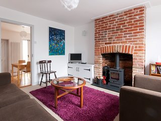 WCC12 Cottage situated in Whitstable