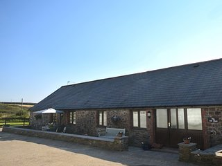 FIREB Barn situated in Hartland (3mls NE)