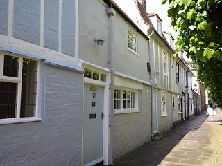 50126 Cottage situated in St Ives