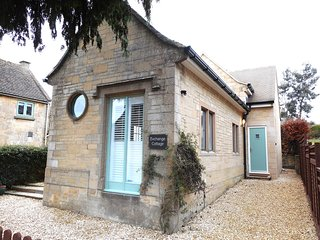 EXCHA Cottage situated in Northleach