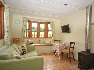 THEVI Log Cabin situated in Bath (15mls SW)