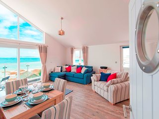43968 Apartment situated in Westward Ho!