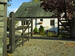 LCC76 Cottage situated in Coniston
