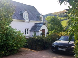 56811 Cottage situated in Brecon (8.5mls SE)