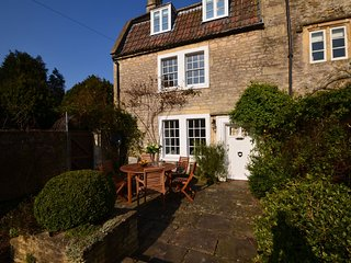 42689 House situated in Bath