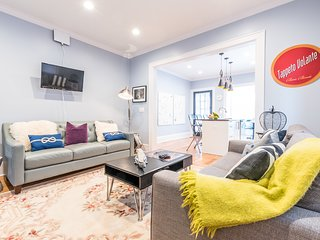 Four Bedroom/2 Bath - 15 min to Gotham City!