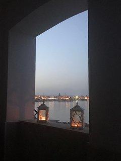Veranda vista sul mare al tramonto