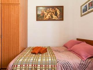 Ideal para descansar y visitar la cuidad - Habitacion marron