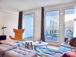 Apartment w concierge and in-house pool, fitness & sauna at Friedrichstrasse