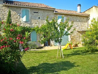 3 bedroom Villa in Saint-Just-d'Ardeche, Auvergne-Rhone-Alpes, France : ref 5517