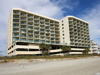 2BR/2BA GRAND AT THE OCEANS!  VERY NICE OVERSIZE UNIT