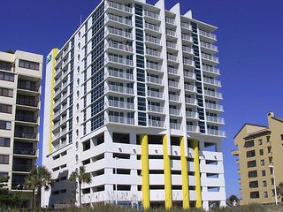Luxury 2BR/2BA Oceanfront unit in Crescent section of NMB