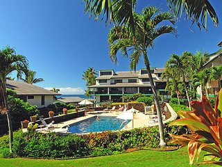 Gorgeous 3 bedroom Poipu villa with unobstructed ocean views!