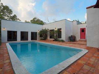 Casa Gatica