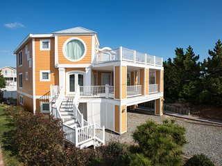 $1000 OFF May & June Wks Pool & HotTub, 500ft. to beach, 6 BR (4Mstrs+2BRS,1Den)