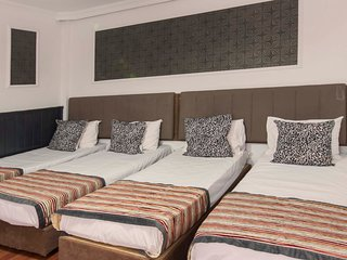Super Big Apartment for 8 people in Taksim