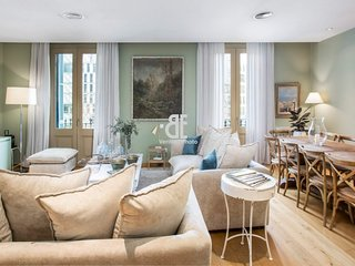 BCN Rambla Catalunya - Luxurious and marvelous apartment with 5 bedrooms and 3.5