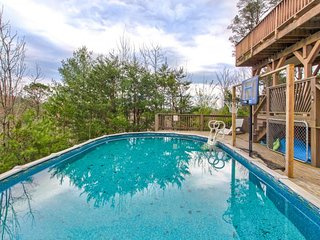 Dog-friendly home w/ majestic views, seasonal pool, hot tub, deck & game room!