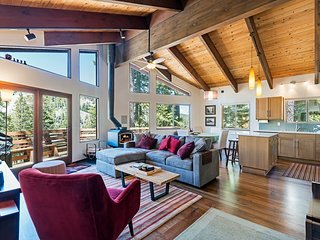 Stunning Alpine Meadows Chalet