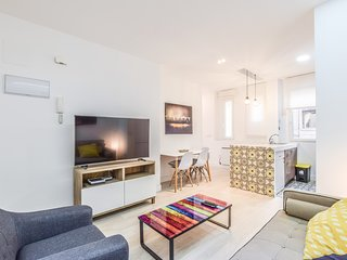 fantastic apartment in madrid river