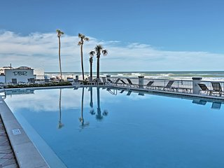 Resort Condo w/Beachfront Pool, Book for Bike Week