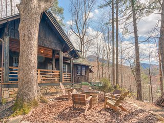 The Summer Home  : Vintage Lake Lure Family Vacation Cabin