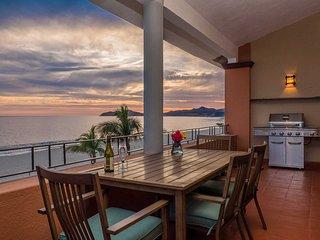 NEW! Luxury Beachfront Penthouse in Casa Del Mar!