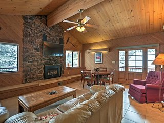 Rustic Truckee Lodge w/Rec Room - Near Northstar!