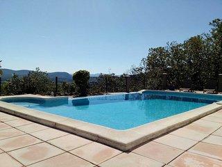 Casa de vacaciones en Courry, Cevennes, piscina climatizada, se admiten perros