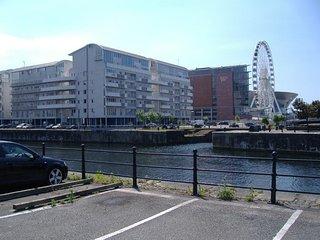 Luxury Dockland Apartment (sleeps 4) Free Parking
