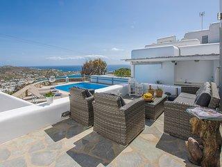 Elegant 8 person pool villa, spectacular views