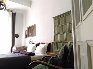 Danube riverview apartment , WIFI , AC , 20 meters from Danube , free minibar