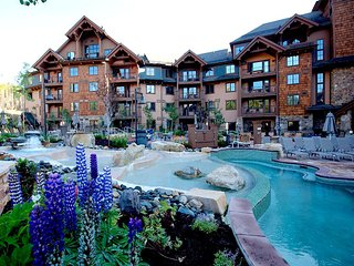 Grand Lodge on Peak 7 Suite 1 bedroom Sept 15- 22  2018 Sleeps 4 adults