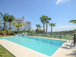 1923 - Two bedroom penthouse apartment in La Mairena near Elviria, Marbella