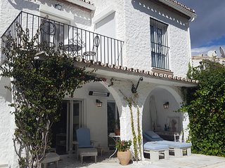 Luxury 3 bed villa in Benamara near the beach