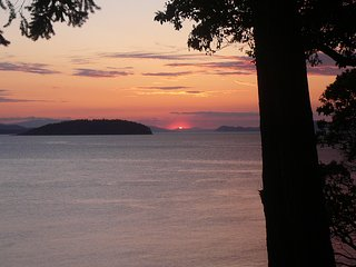 Sunset Cove - Orcas Island