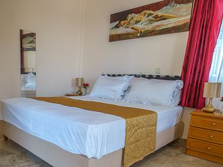 Two spaces family or VIP apartment at Myrties/Massouri with seaview