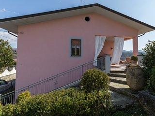 Dima's house,una vacanza in Lunigiana con vista sulle Apuane