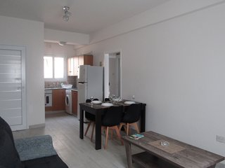 Gr8padz Napa Ruby 2 bdrm Apt. sleep 6 central Ayia Napa close to Nissi Avenue