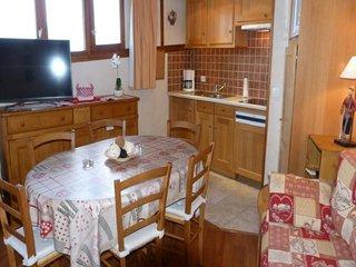 Appartement 3 pièces 6 personnes à Arc 1800 dans une résidence avec piscine extè
