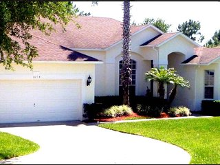 Large 4 bed home close to Disney World Orlando