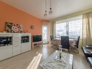 Apartment 1.5 km from the center of Hanover with Internet, Parking, Balcony (524